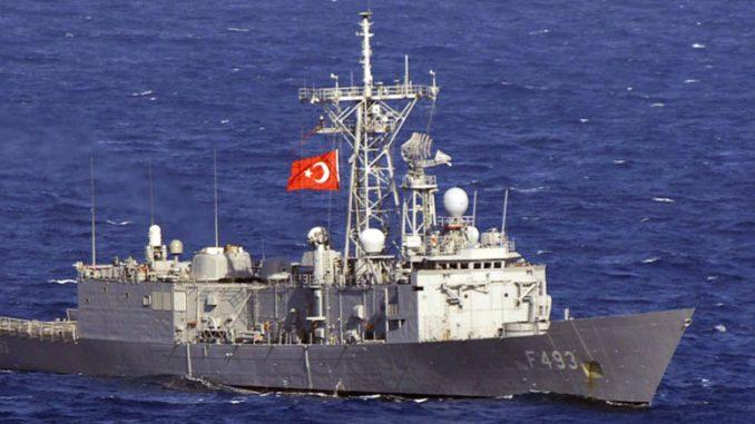 Παρενόχληση από τουρκικά πολεμικά πλοία