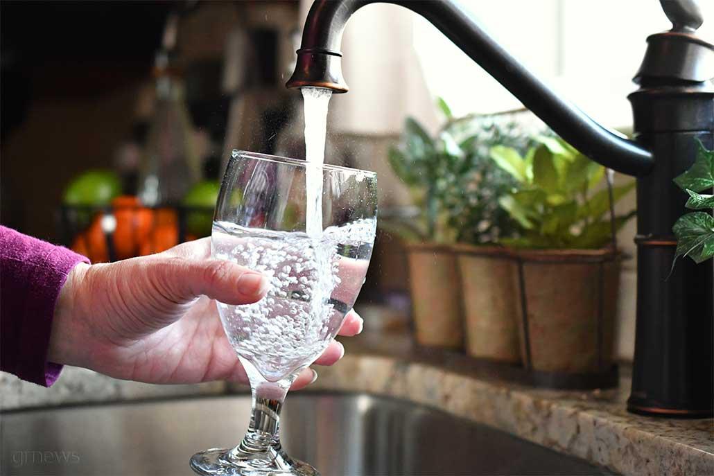 νερού νερό