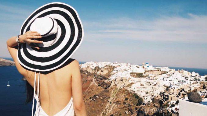 """Τέλος Ιουνίου στην """"πράσινη λίστα"""" η Ελλάδα"""