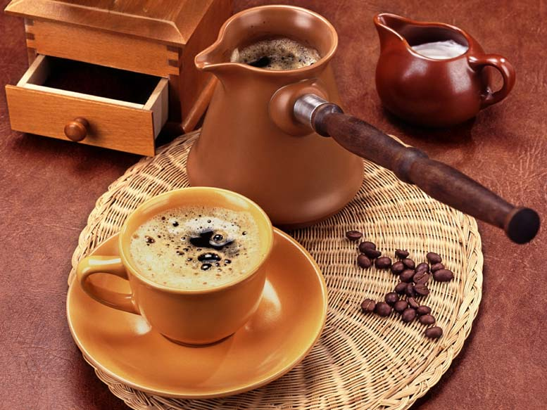 8 πράγματα που κανείς δεν σας είχε πει για τον πρωινό καφέ σας