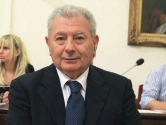 Βρέθηκε νεκρός ο πρώην υπουργός του ΠΑΣΟΚ Σήφης Βαλυράκης!